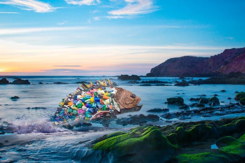 016_3EB097-Plastikfisch